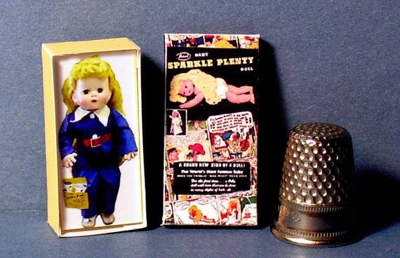 Miniature dollhouse Sesame Street Big Bird book Barbie 1//12 Scale accessories