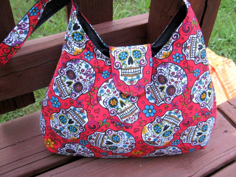 SKULL PURSE SKULL Handbag Red Sugar Skull Bag Day Of The  d45e8eb7bcddd