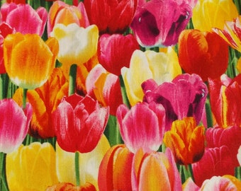 Polycotton Fabric CRAFTS FLORAL SPRING TULIPS FLOWERS  Metre Material Offer