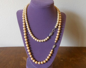 Pearl Necklace Beige
