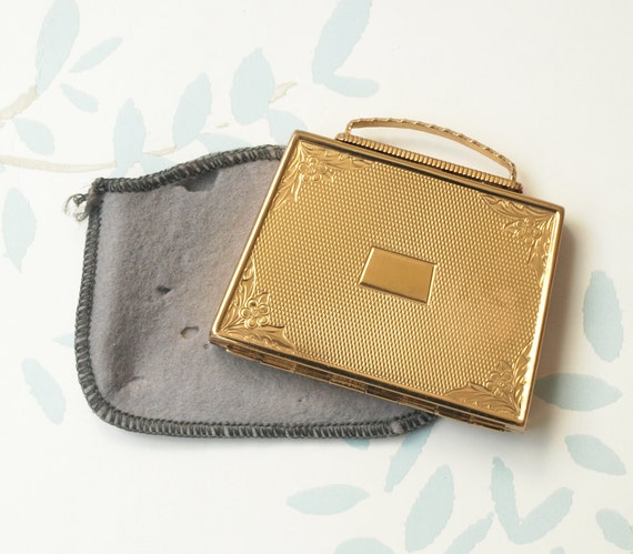 Powder Compact, Mascot Compact, Handbag Mirror Co… - image 1