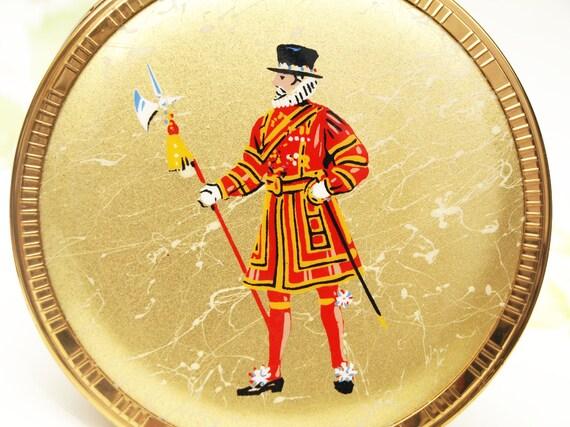 Powder Compact, London Souvenir, Vintage Souvenir,