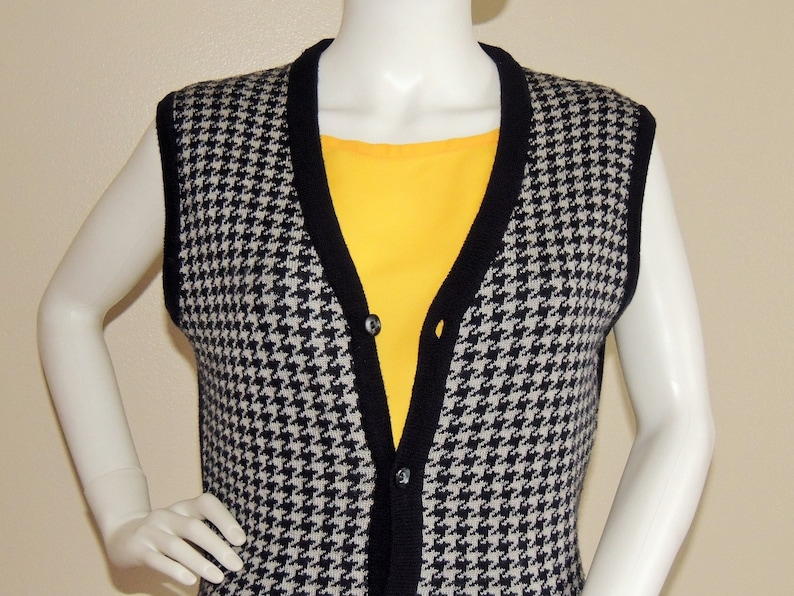 Soft Knit Waistcoat Vintage Houndstooth Vest Slim Buttoned Spring Winter Fall Vest Navy Blue and Gray Sleeveless Top Sweater Vest