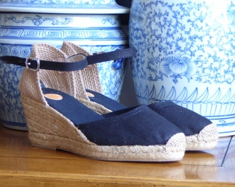 Ankle Strap Espadrille WEDGES - BLACK LINEN - Made in Spain - www.mumicospain.com