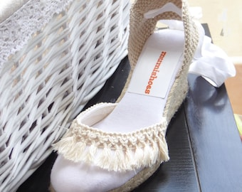 Lace up white espadrille wedges - BRIDE collection - TASSEL TRIM - made in Spain - www.mumicospain.com