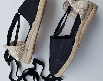 Lace Up Espadrille MINI WEDGES - BLACK - made in Spain - www.mumicospain.com