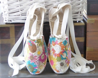 FLAT shoes for girl: Lace-up Flat Espadrilles - LIBERTY of LONDON - made in Spain - www.mumicospain.com