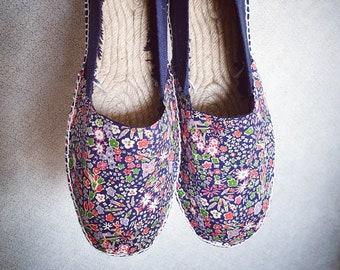 UNISEX ESPADRILLE FLATS - original Liberty of Londo Tana Lawn - Lace up - made in Spain - ecologic, sustainable, vegan