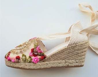 Lace-up espadrille 7cm wedges - PEARL EMBROIDERY - made in Spain - www.mumicospain.com