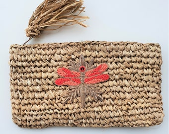 Straw clutch with lining and tassel- LOBSTER/DRAGONFLY CLUTCH - www.mumicospain.com
