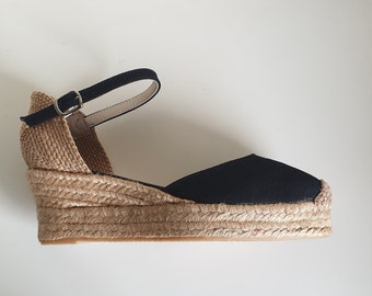 ESPADRILLES PLATFORMS WEDGES: Ankle strap espadrille low wedges with platform / Front stitching / Spanish - great quality
