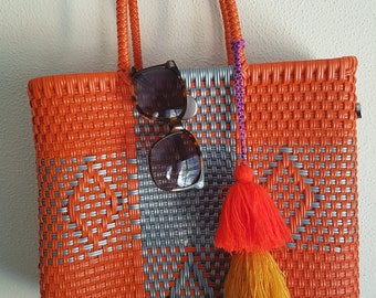 OAXACA MEXICAN BAG - Special prices: Mexican plastic woven bag - with tassel charm