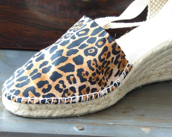 Lace-up espadrille 7cm wedges - CAMO/ANIMAL/SAPHARI Print - Made In Spain - www.mumicospain.com