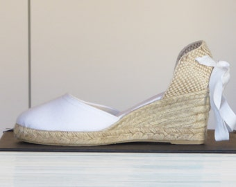 WEDGES - White Espadrille Wedge Pumps - BRIDES COLLECTION- made in Spain - www.mumicospain.com