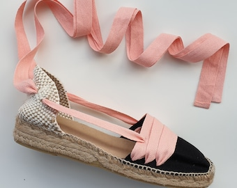 Lace Up Espadrilles mini wedges - BLACK PAYESAS with PINK laces - Handmade In Spain - www.mumicospain.com