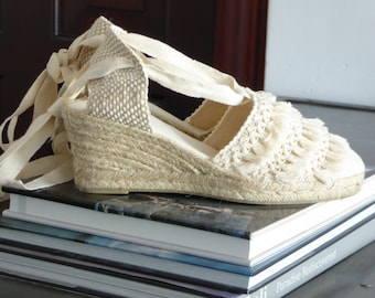 Lace-up ESPADRILLE WEDGES - TASSEL Collection - made in Spain - www.mumicospain.com