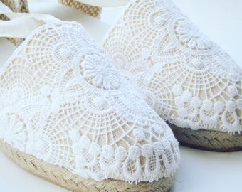 Lace-up espadrille wedges - VINTAGE LACE - made in spain - www.mumicospain.com