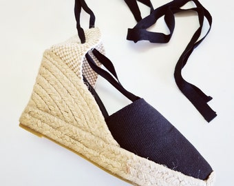 ESPADRILLES PLATFORM WEDGES - lace-up - valencian - black canvas - made in Spain - organic, ecologic, sustainable shoes