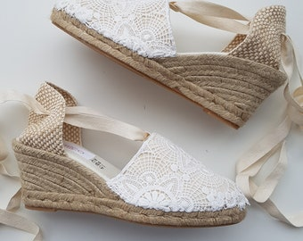 Lace-up espadrille wedges - BRIDES COLLECTION - LACE - made in spain - www.mumicospain.com