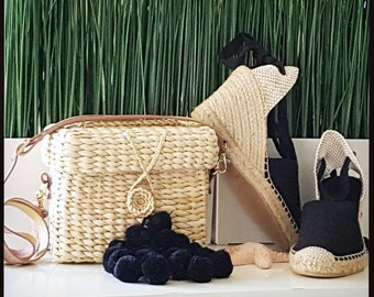 BLACK POMPONS BASKET box - Shoulder bag with vegan leather handle -  18cm x 14cm x 8cm - ecologic, vegan, sustainable - handmade