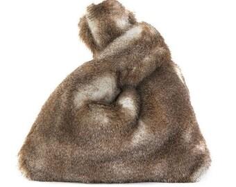 Faux Fur Bag - FLUFFY BAG (38 cm x 40 cm x 5 cm)  - www.mumicospain.com