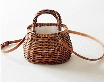 WICKER bag with VEGAN leather handle - natural, VEGAN - www.mumicospain.com