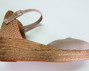 Ankle strap espadrille low wedges with platform - CHIKPEA LOW WEDGES - made in Spain - www.mumicospain.com