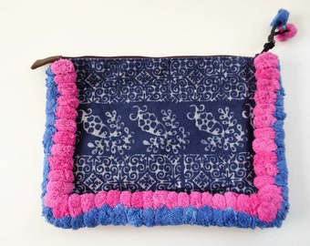 SALE: Ethnic clutch with pompom charm - ETHNIC POMPOM clutch - www.mumicospain.com