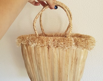 FRINGED BAMBOO BASKETBAG - Water hyacinth & Bamboo handbag with natural fringes - ecologic, vegan, sustainable - made in Thailand