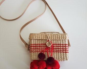 SALE: Straw basket box mini -  POMPOM BASKET box - www.mumicospain.com