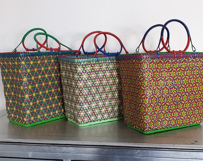 Mowgs Petal Basket - Handwoven with recycled plastic - 34cm x 38cm x 19cm - MOGWS LARGE- made in Myanmar