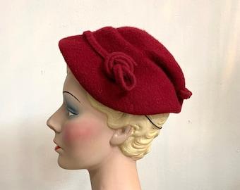 Vintage 1940s Felt Hat