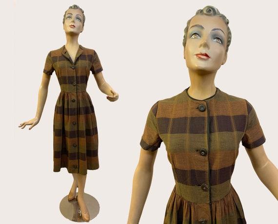 1950s Handmade Brown Tartan Shirtwaist Dress   Siz