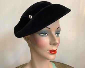 Vintage 1940s Velvet Felt Hat