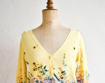 cardigan Angelo Marani yellow pink pretty sequin floral nature inspired printed v neck button down front waisted viscose blend made in Italy