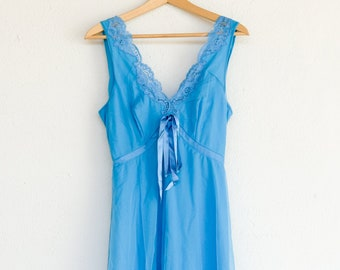nightdress French vintage lingerie KALINKA babydoll blue long lined lace trim netting sleeveless 1960s polyamide night wear size 4 M-L adult