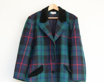 vintage tartan wool coat Lilian Burty Paris French 1980s black velvet trim pockets collar button down front long sleeve adult medium FR40