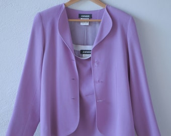 suit JEAN MUIR vintage designer fashion wool crepe lilac jacket scalloped collar straight skirt wedding smart suit made in England 60s rare