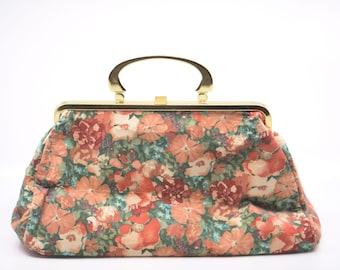 70s carpet bag floral boho German vintage new old stock enderlein de luxe large top handle handbag gold frame fully lined pockets rare NOS