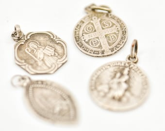 antique charms French vintage silver tone metal 4 small protection prayer medals CSPB Saint Benoît Notre Dame Virgin Mary St Odile rare lot