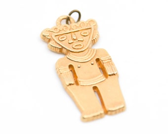 pendant charm aztec mayan inca tribal figure man god totem gold tone stamped W verso vintage bohemian jewellery