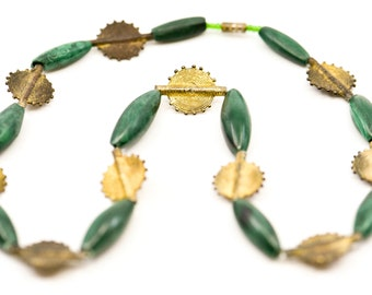 necklace vintage malachite graduated dark green oval bead with gold tone wire circular sun spacers  antique jewellery collectible rare 1940s