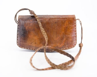small leather purse pouch long braided strap French vintage 70s hand stitched 4 compartment envelope interior genuine patina leather rare