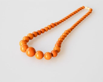 bakelite necklace amber orange opaque round graduated pearl genuine tested 80g French vintage early plastic collectible chunky long necklace