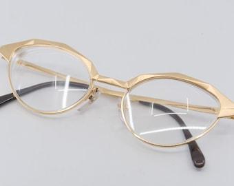 glass frames Thierry Mugler mod 935 col 60 gold tone eye wear lens cats eye vintage midcentury modern designer eyewear Italy 1990s rare