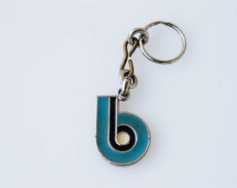 keychain initial b French art deco geometric enamel letter teal blue black white and silver tone metal Barbier et Besson made in France 1930