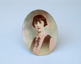 picture frame oval colour tinted portrait 1920s French ART DECO  vintage photograph and frame female portrait oval picture frame home decor