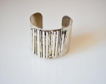 cuff bracelet brutalist silver tone metal chunky French modernist vintage bangle statement jewellery c.1970s