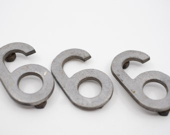 """salvaged number 6 or 9 French vintage industrial metal six sign stencil cut out silver tone aluminium 7cm 2.8"""" midcentury mod loft deco 1960"""