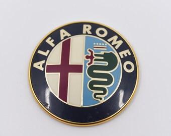 ALFA ROMEO badge cap vintage car part plastic accessory bomiso milano 2400 51016 logo advertising Italian classic car collectible revival